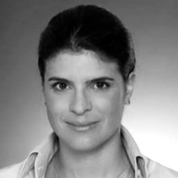 GABRIELA SZNIFER